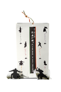 6 tea bags of sencha green tea with actor figures